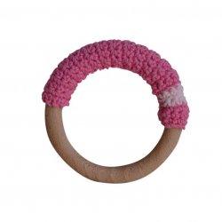 Anella de dentició de fusta amb ganxet rosa