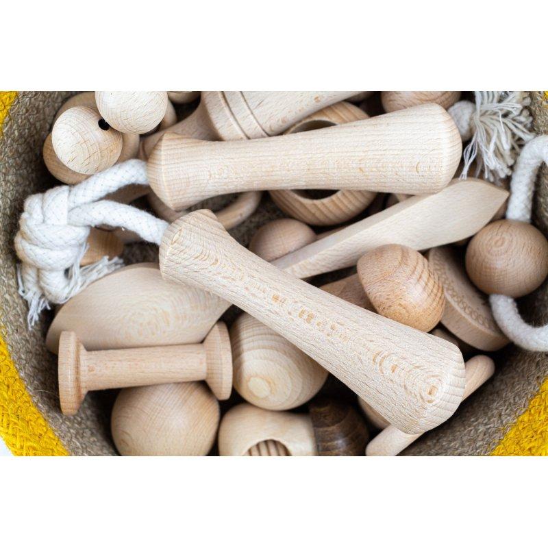 Mangos con cuerdas para la cesta de los tesoros