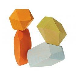 Gemas de madera de colores. Grimms