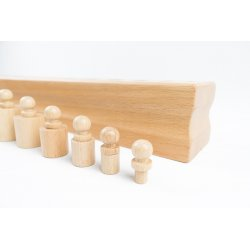 Material montessori per als conceptes gran i petit