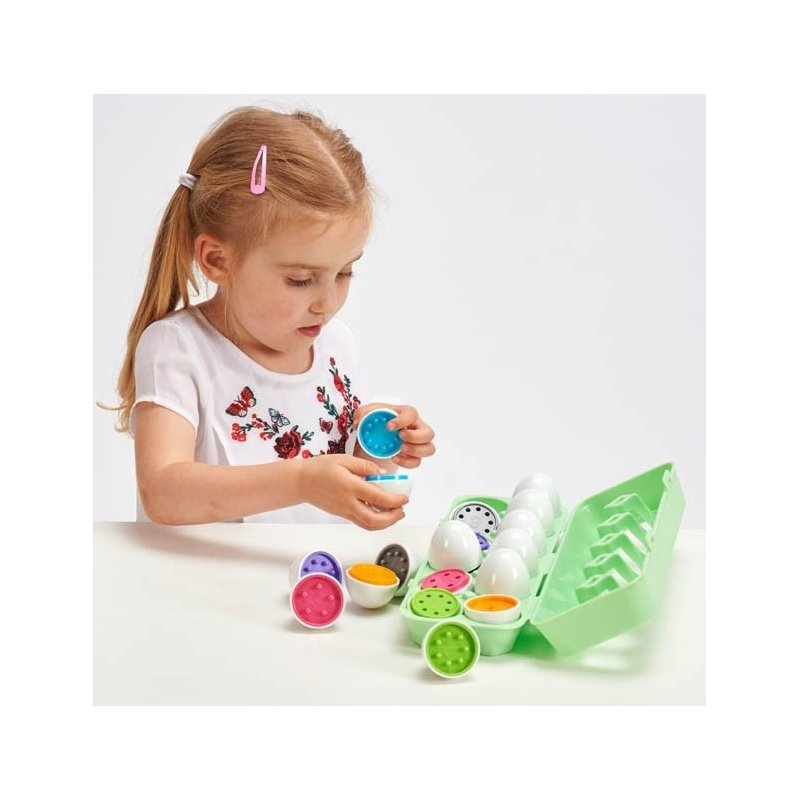 12 huevos de juguete para contar
